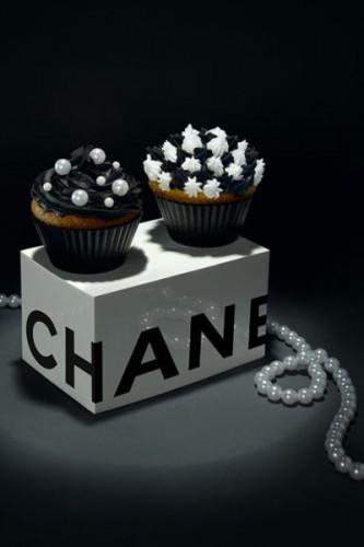 chanel cakes 10078297531_400.jpg