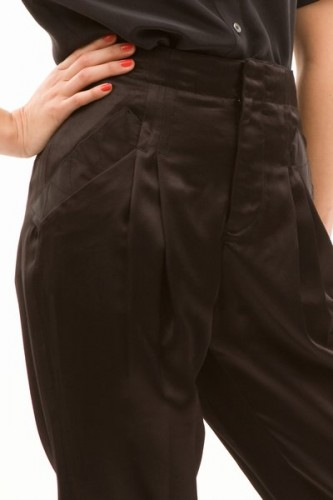 pop_9265_3-drop-crotch-pants.jpg