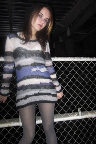 silver-h-m-sweater-silver-h-m-tights-silver-trash-vaudeville-necklace_400.jpg